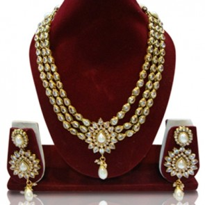 Zaveri Pearls Traditional Designer Gold Pattern Witingh Pearl Dang Alloy Jewel Set
